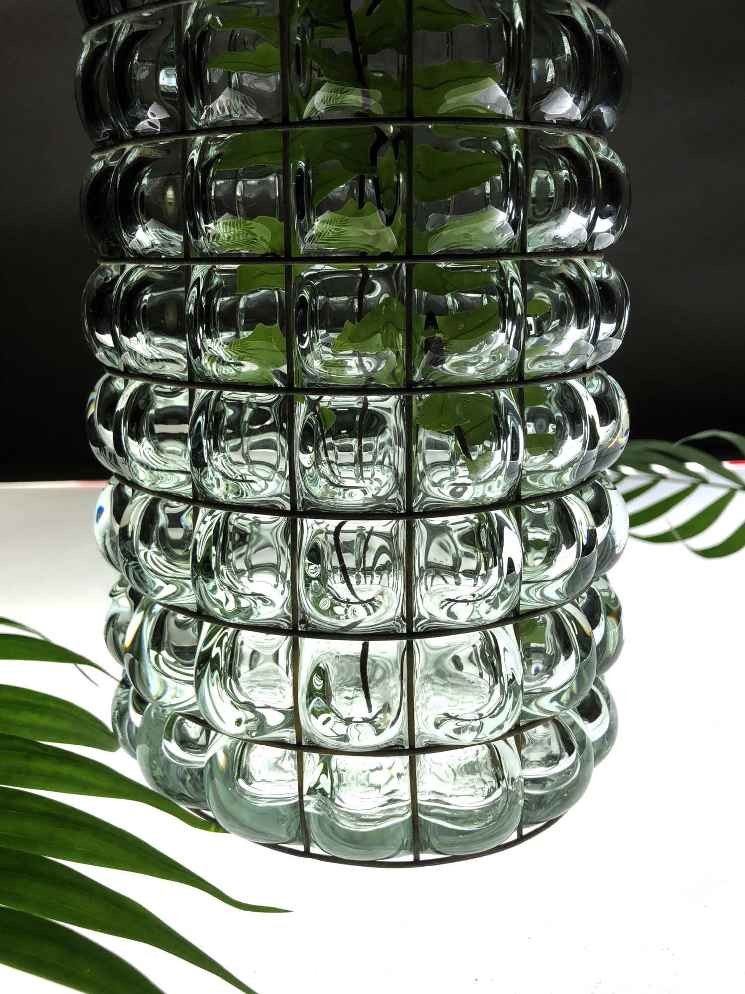 Современная стеклянная ваза, автор Алексей Дрождин